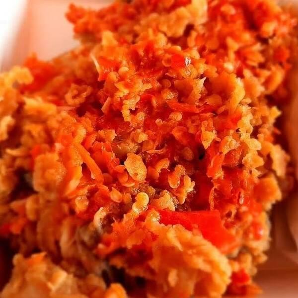resep ayam geprek asli yang enak beserta resep bumbu ayam geprek crispy sederhana dan tata cara membuat ayam geprek sederhana ala rumahan yang enak, mudah dan praktis untuk kamu buat / masak sekarang juga