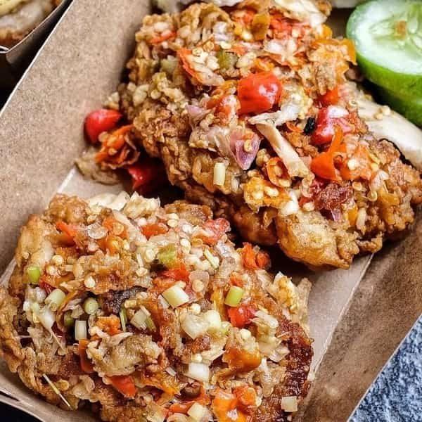 resep ayam geprek sambal matah enak : bumbu resep ayam geprek sambal matah sederhana dan tata cara membuat ayam geprek sambal matah rumahan sederhana yang enak, mudah dan praktis